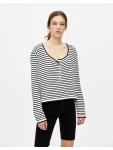 Buttoned fine knit sweater Pull & Bear
